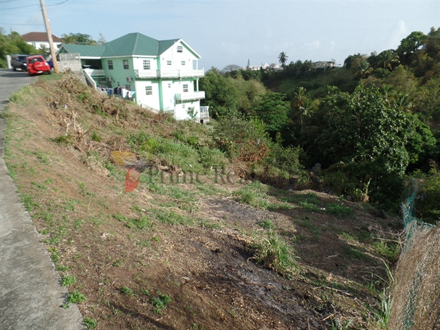 Property For Sale: Land For Sale Queens Drive Ref ACQDL297