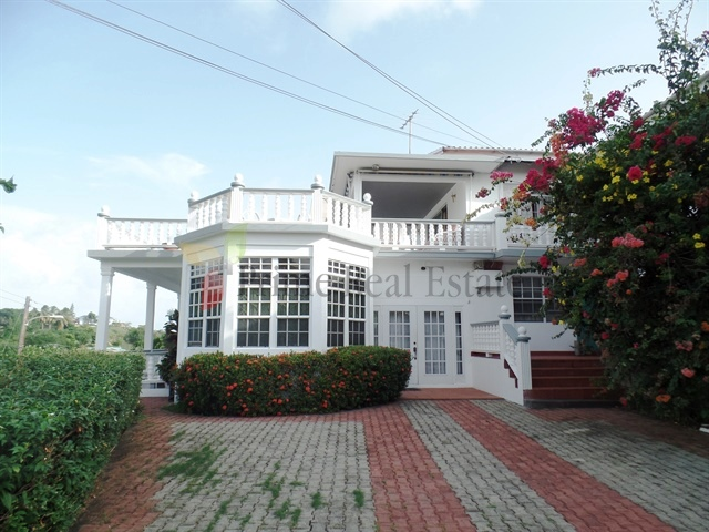 Property For Rent: Property For Rent Benville Apartment 3 3 Bedroom Indian Bay RefBBVP300