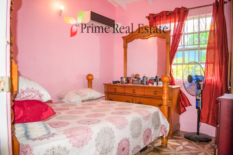 Property For Sale: Sunnyside House Property For Sale Calliaqua RefFDOBPC360
